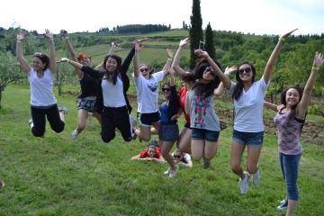 FlorenceForFun Hiking and Wine Tasting Tour in Chianti