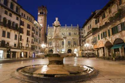 piazza_delle_erbe_verona_1