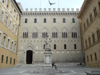 palazzo-salimbeni